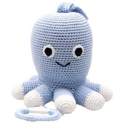 naturezoo muziekdoosje octopus gehaakt 20 cm lichtblauw 339384 1575101443