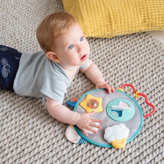 Activiteit speelgoed baby
